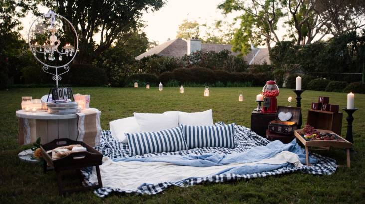 RedBalloon Proposal Package: Private Outdoor Cinema with Champagne