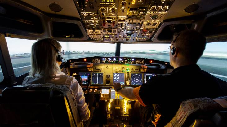 Boeing 737-800 Jet Simulator Experience - 90 Minutes