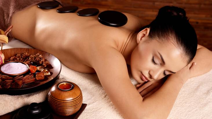Relax Package with Hot Stone, Facial and Scrub - 1.5 Hours