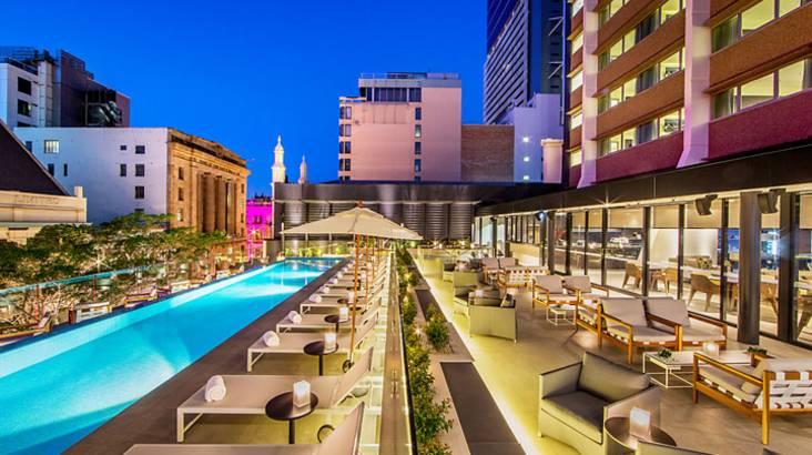 Luxury Overnight Brisbane Getaway with Breakfast and Minibar