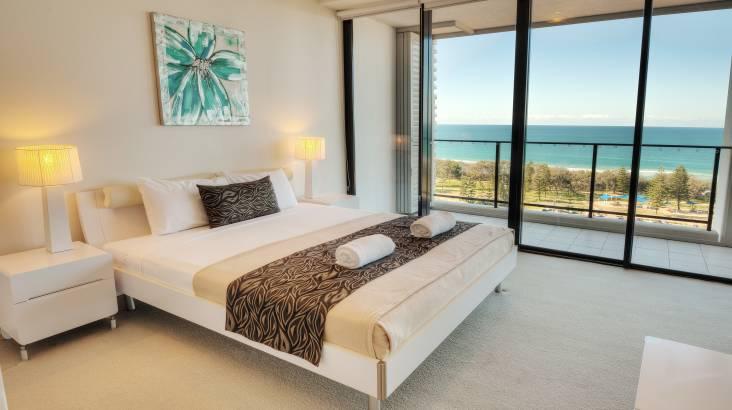 3 Night Seaside Apartment Getaway - For 4