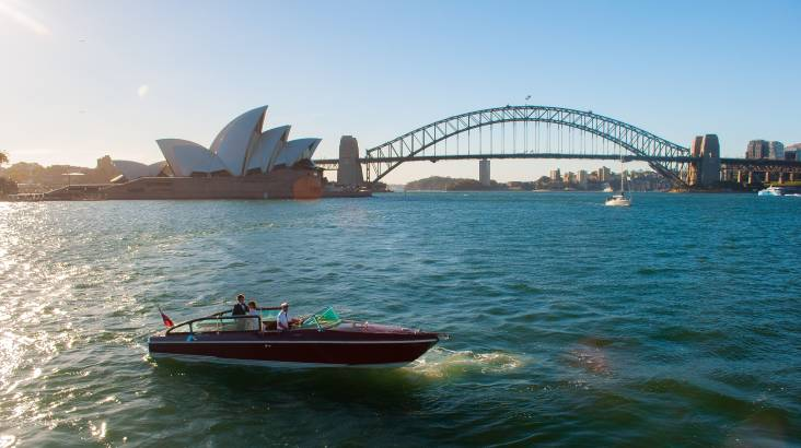 RedBalloon Private Sydney Harbour Cruise with Drinks and Hamper - For 6