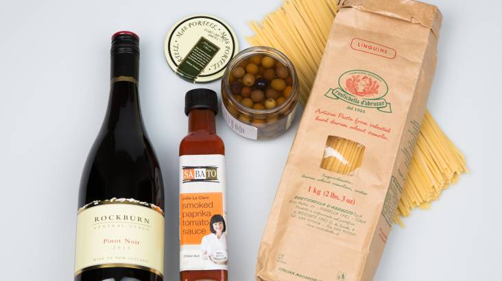RedBalloon Pinot and Pasta Gourmet Hamper
