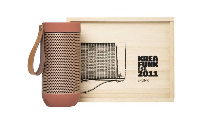 RedBalloon Kreafunk Wireless Bluetooth Speaker - Coral Colour