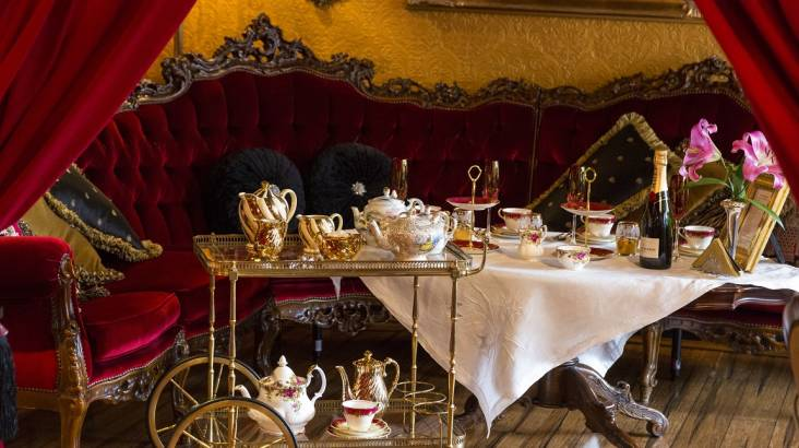 Luxurious Sunday High Tea with Prosecco - For 2