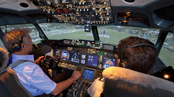 737-800 Boeing Flight Simulator Experience - 90 Minutes