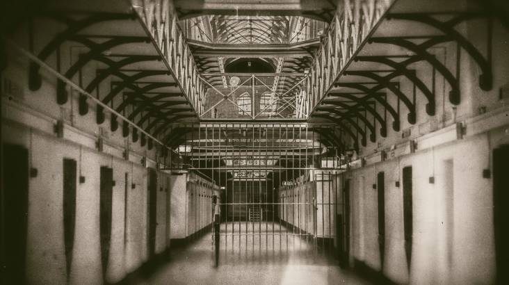 RedBalloon Pentridge Prison Ghost Tour