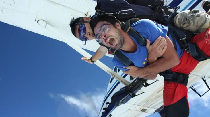 Tandem Skydive 10,000ft - Cairns