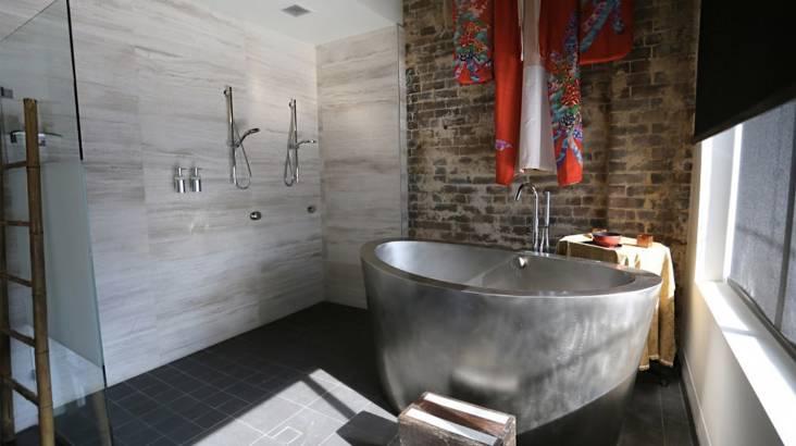 Full Body Scrub, Milk Bath and Geisha Massage - 75 Minutes