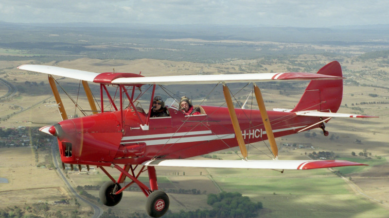 RedBalloon Tiger Moth Aerobatic Flight - 30 Minutes - Camden