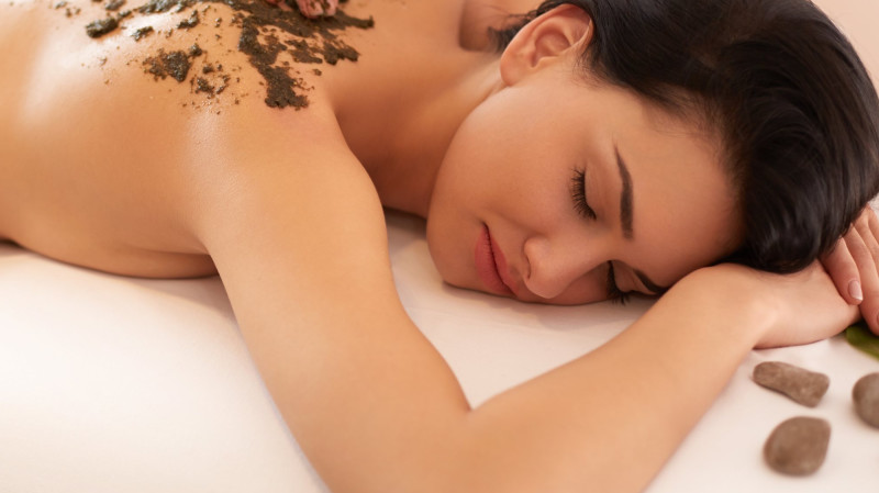 RedBalloon Half Day Day Spa Package - Choice of 3 Treatments - 3 Hours