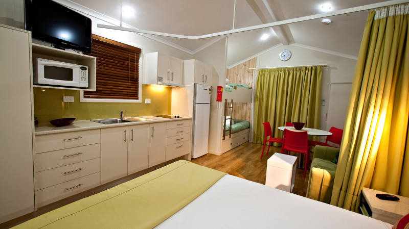RedBalloon Affordable Whitsunday 2 Night Stay - Deluxe Studio