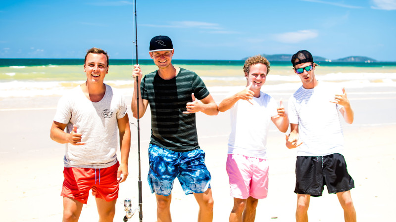 RedBalloon Rainbow Beach Fishing Tour - 2 Hours - For 3