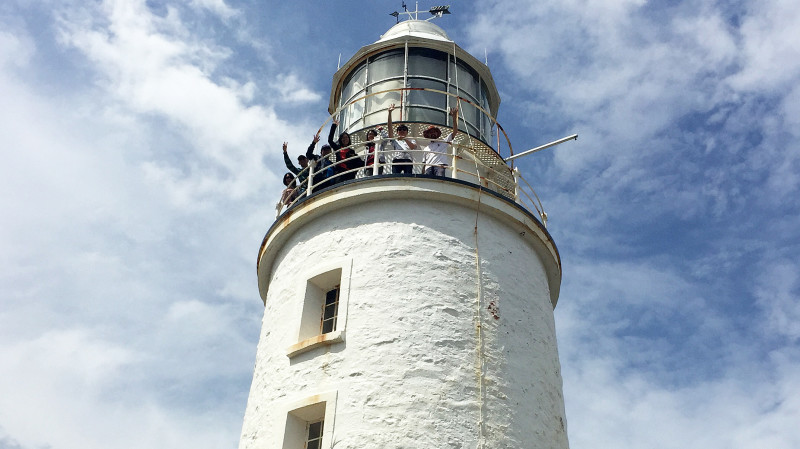 RedBalloon Bruny Island Food, Sightseeing and Lighthouse Tour
