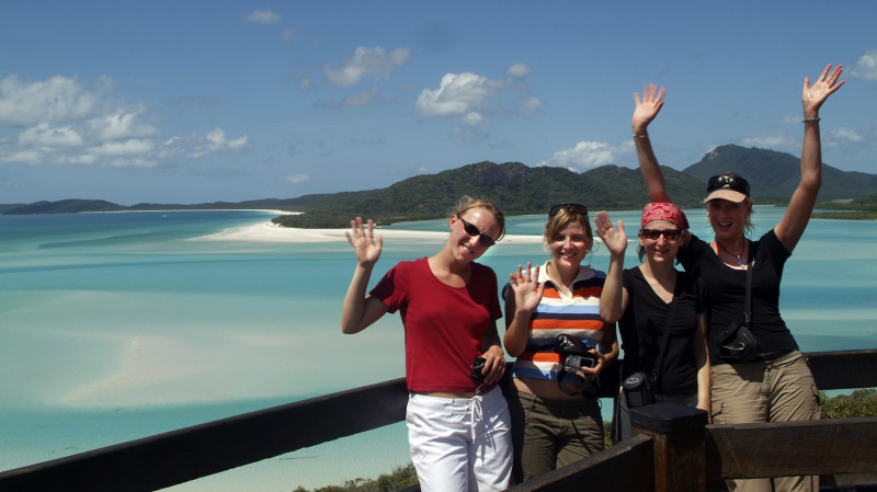 RedBalloon Classic Yacht Sail to Whitehaven Beach with Lunch