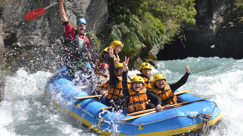 RedBalloon Whitewater Rafting on the Shotover River