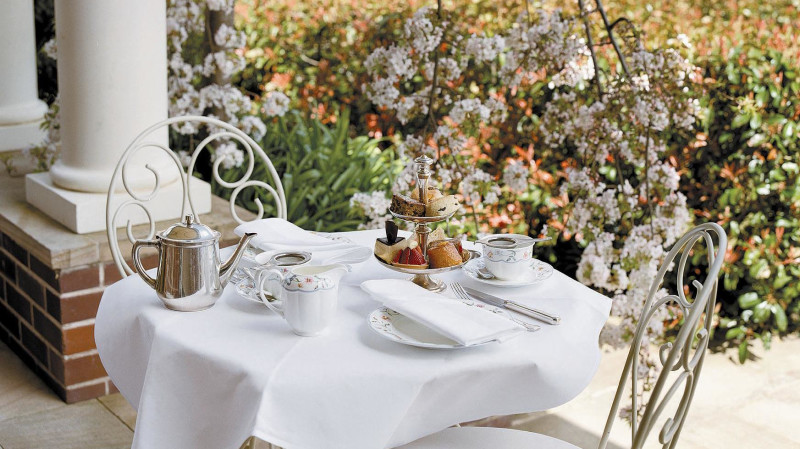 RedBalloon Deluxe High Tea in The Blue Mountains - For 2
