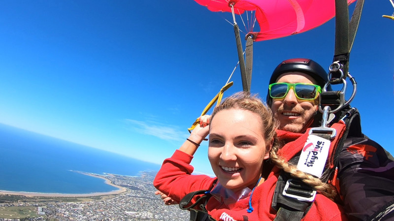 RedBalloon 14,000ft Tandem Skydive Over Great Ocean Road - Weekend