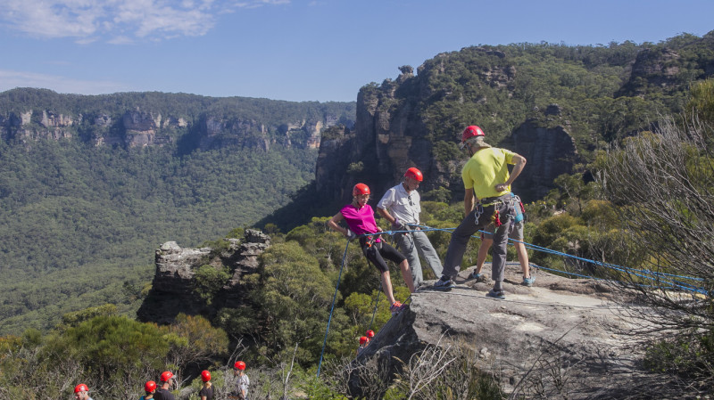 RedBalloon Half Day Abseiling in the Blue Mountains