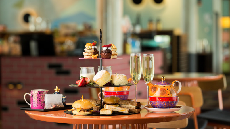 RedBalloon Retro Style High Tea - For 2