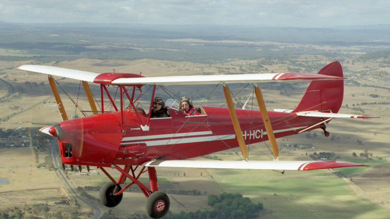 RedBalloon Tiger Moth Scenic Flight - 30 Minutes