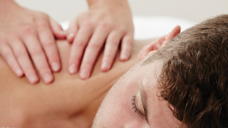 RedBalloon Deep Recovery Massage - 60 Minutes - For Men