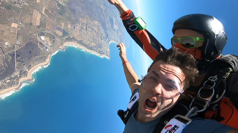 RedBalloon 15,000ft Tandem Skydive Over Great Ocean Road - Weekday