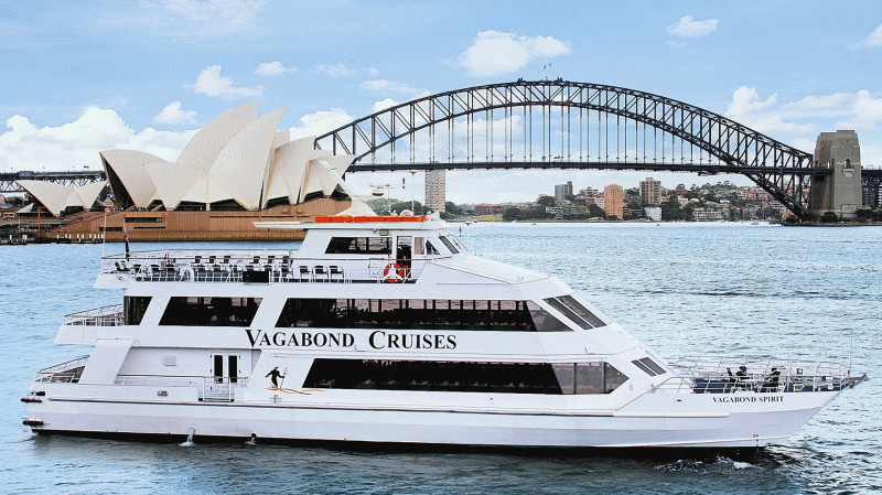 RedBalloon Sydney Harbour Seafood & Carvery Lunch Cruise