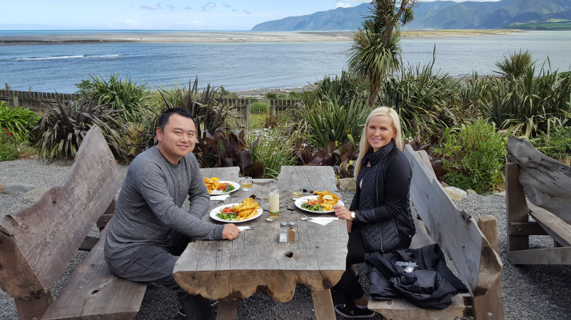 RedBalloon Wairarapa Wine and Wild Coast Tour with Lunch and Dinner