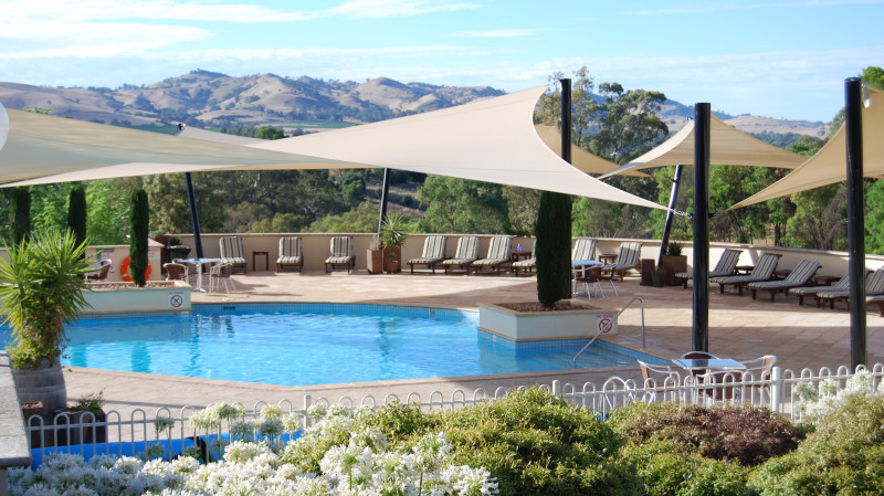 RedBalloon Barossa Valley Midweek Getaway with Breakfast - For 2