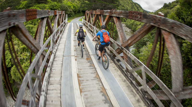 RedBalloon Rimutaka Cycle Trail Highlights Mountain Biking Adventure