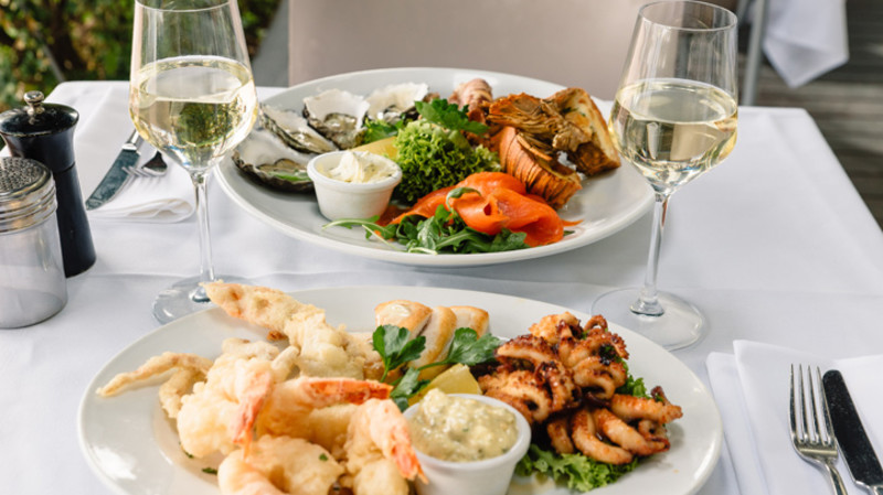 RedBalloon Indulgent Seafood Dining Experience by the Harbour - For 2