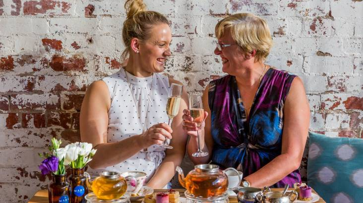10 Experiences to do with mum