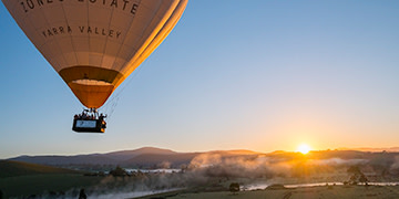 hot air ballooning yarra valley