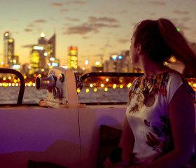 twilight cruise on perth river