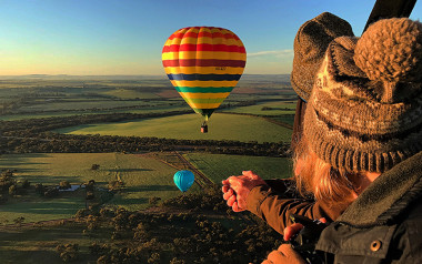 Hot air balloon over the Avon Valley