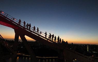 story bridge climb dawn