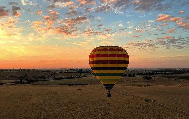 hot air ballooning avon valley