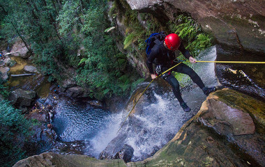 Canyoning in the Blue Mountains