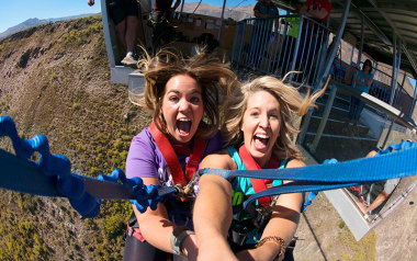 Bungee jump over Queenstown