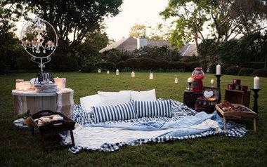 Backyard outdoor cinema Brisbane