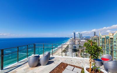 Rhapsody Resort Gold Coast overlooking Surfers Paradise beach