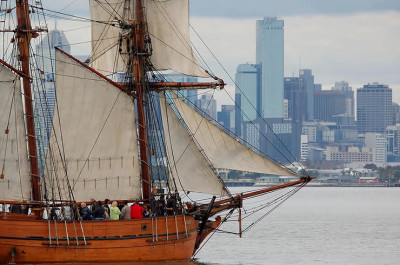Tall ship harbour cruise in Williamstown