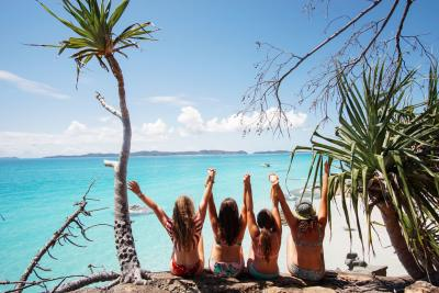 Girls on holidays in the Whitsundays