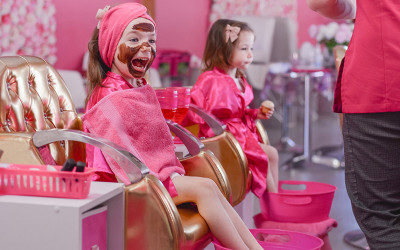 Kids makeover with facial, manicure and pedicure