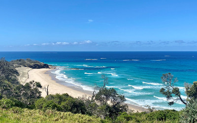 QLD: North Stradbroke Island small group tour with ferry ticket