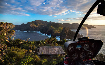 Bay of Islands scenic flight with Hole in the Rock landing