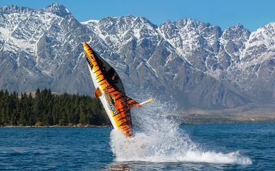 Submersible shark thrill ride