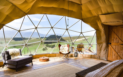 2 night glamping escape with breakfast and platter