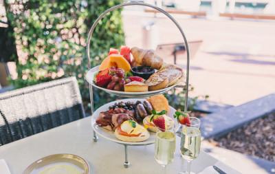 Chandon breakfast on Sydney Harbour